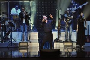 """Giovedì 10 Dicembre 2015 MARIO BIONDI – """"Beyond Tour"""" H 21.00 – TEATRO GALLERIA  piazza San Magno, Legnano (MI)"""