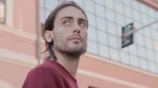 OH! EH? presentano LO SPETTACOLO E' STATO CANCELLATO, primo video tratto dall'album d'esordio della band… NON D'AMORE