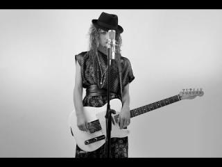 DELEA presenta SCEGLI TE…. VIDEO tratto dall'album COME SE NON FOSSI MAI ESISTITA… Una bellissima ballata in perfetto equilibrio tra pop e rock