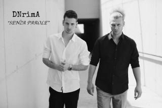 """DNrimA sono due fratelli (JlemJ ed HellName) da sempre appassionati di hip hop… Oggi presentano il video """"Senza parole"""" che anticipa l'uscita del loro album d'esordio """"All-in"""""""