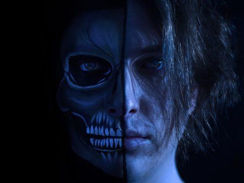 """Intervista ad Itaca Reveski: è già online il nuovo singolo con videoclip """"Delle Sirene Il cAnto""""."""