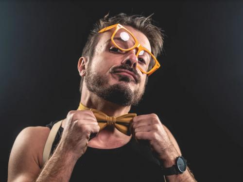 """Intervista al Cantautore Fulvio Effe in occasione dell'uscita del Singolo """"Bla bla bla"""""""